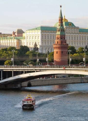 В России в ноябре авторынок снизился на 48%